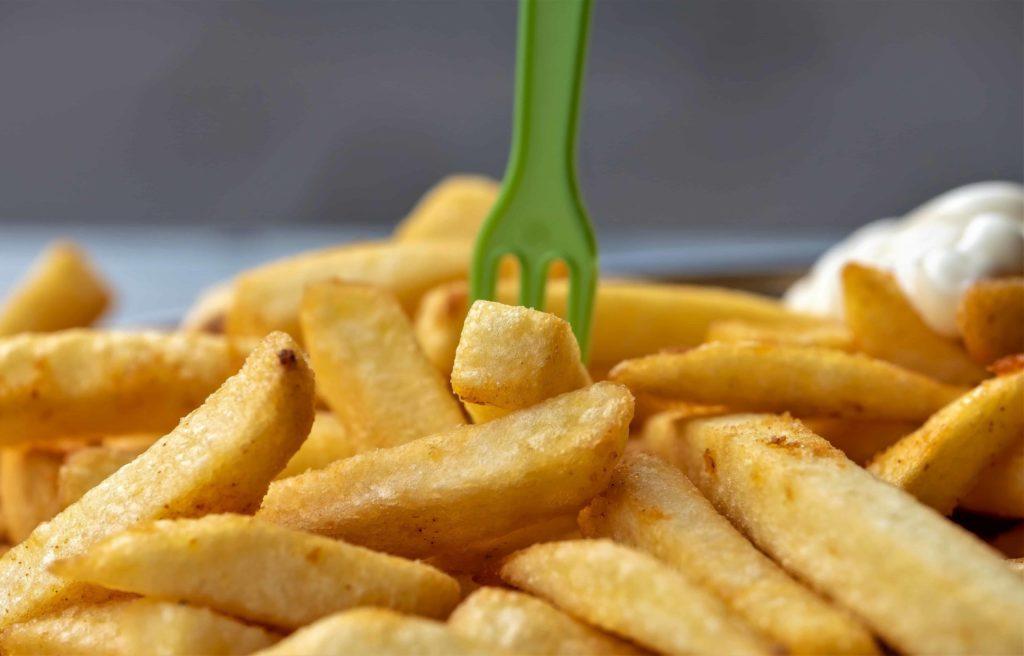 Die Kartoffel - eine gesunde Knolle- Pommes mit Mayonnaise-Er&Ge