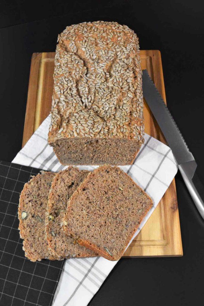 Kohlenhydrate - gesund oder ungesund--Vollkornkörner Brot -BellsWelt