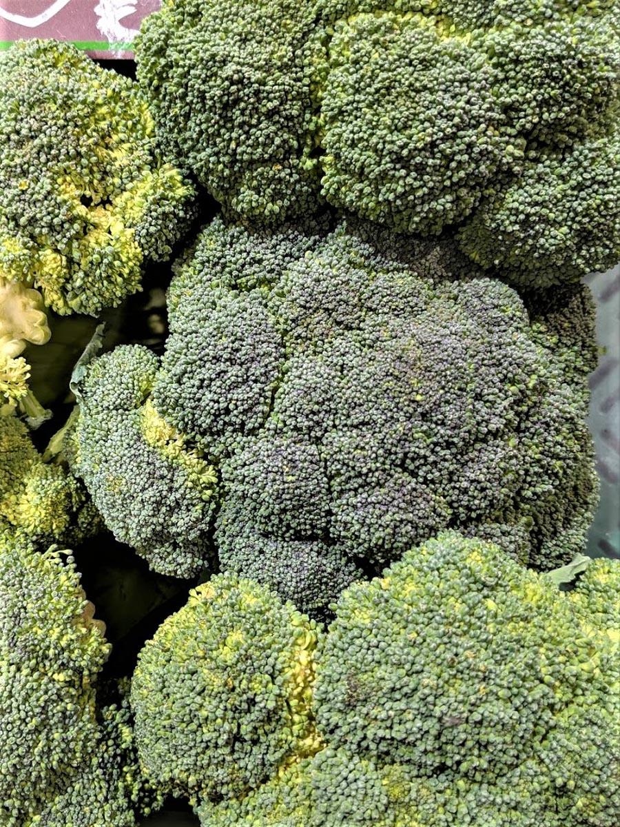 Brokkoli – grünes Heilmittel - Brokkoli schon etwas älter - BellsWelt